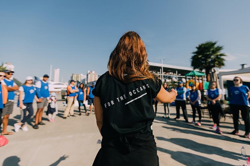 Projeto internacional vai retirar resíduos da foz do Rio Itajaí-Açú com apoio de voluntários