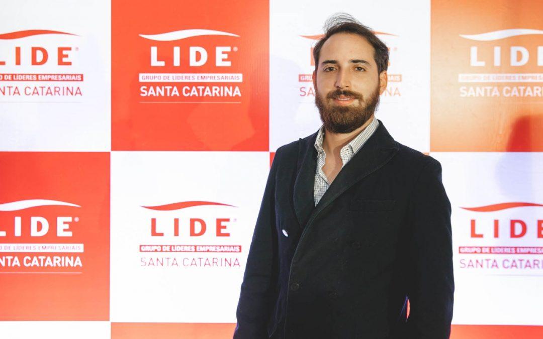 Carlos Gayoso de Oliveira se reúne com lideranças empresariais de Santa Catarina